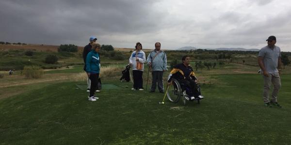 Éxito de participación en la clausura de la Escuela de Golf adaptado