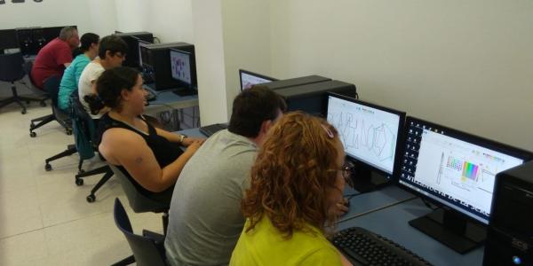 18 personas con distintas capacidades aprenden Informática Básica